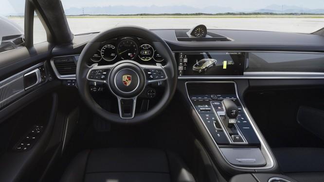 10 thiết kế nội thất ô tô đẹp nhất thế giới của năm 2018 ảnh 7