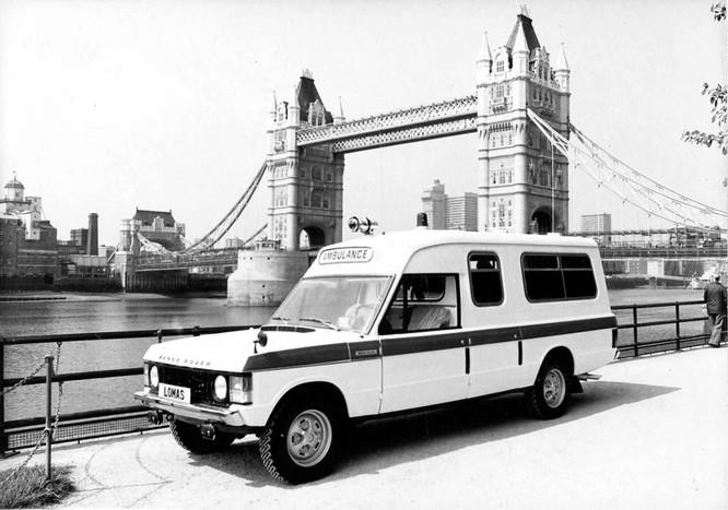 Nhìn lại 70 năm lịch sử của Land Rover qua từng tấm hình ảnh 16