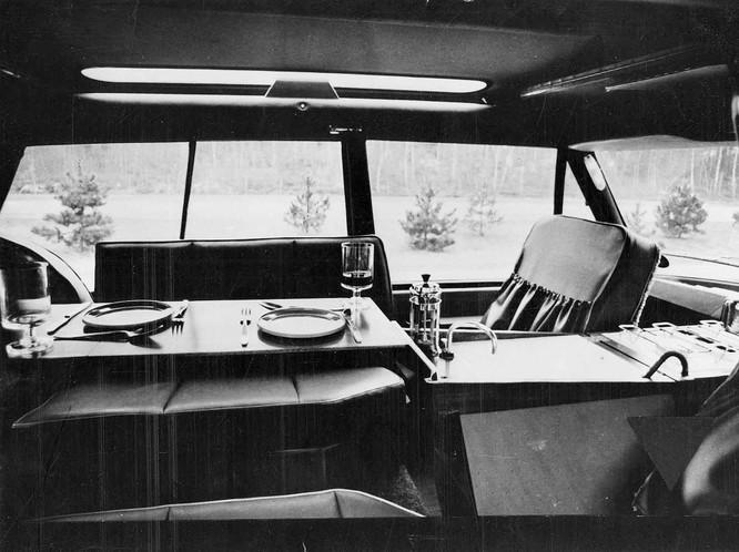 Nhìn lại 70 năm lịch sử của Land Rover qua từng tấm hình ảnh 20