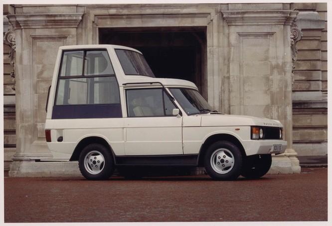 Nhìn lại 70 năm lịch sử của Land Rover qua từng tấm hình ảnh 27