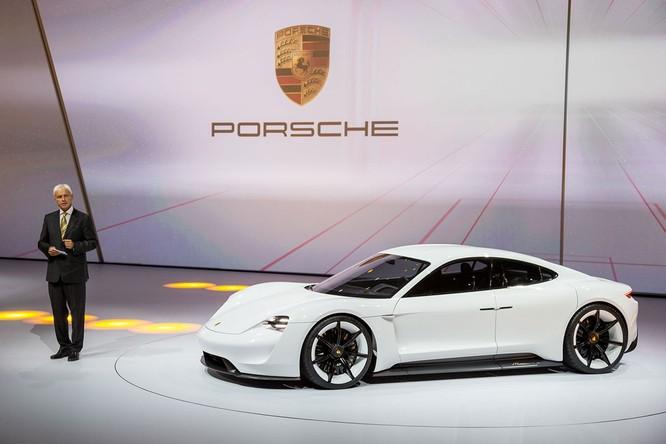 Porsche chính thức tham gia vào giải đua Formula E từ 2019 ảnh 2