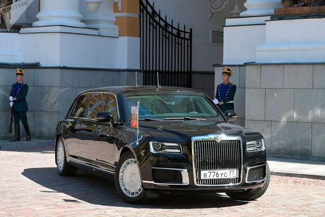Khám phá chiếc Limousine mới của Tổng thống Nga Putin trong ngày lễ nhậm chức ảnh 1