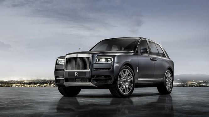 Rolls-Royce Cullinan 2018: Chiếc SUV siêu sang đáng mong đợi của năm 2018 ảnh 13
