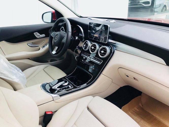 Giảm hơn 200 triệu, Mercedes-Benz GLC 200 sẽ bị cắt những trang bị gì? ảnh 2