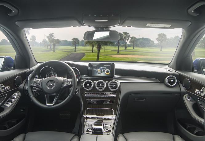 Mercedes-Benz GLC 200 chốt giá bán 1,684 tỷ đồng ảnh 1