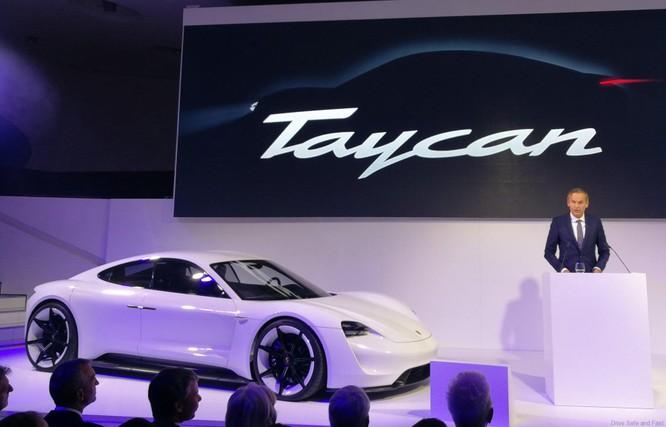 Porsche Taycan sẽ là tên gọi chính thức của dự án Mission E Concept ảnh 1