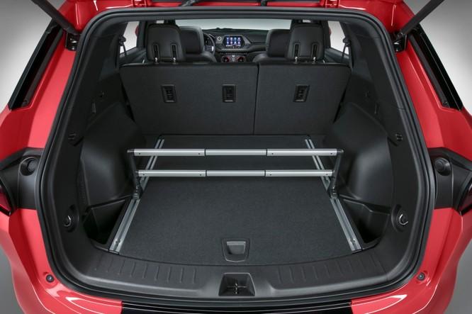 Phân khúc SUV ngày càng nóng, Chevrolet quyết định hồi sinh Blazer ảnh 4