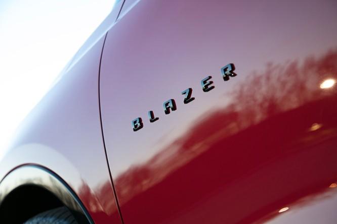 Phân khúc SUV ngày càng nóng, Chevrolet quyết định hồi sinh Blazer ảnh 10