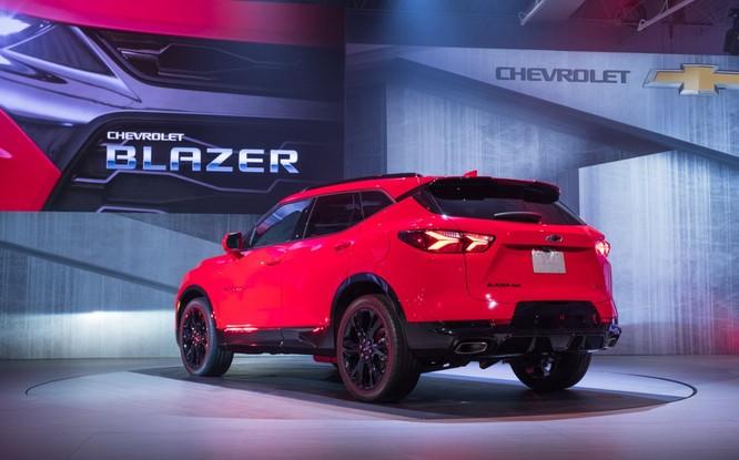 Phân khúc SUV ngày càng nóng, Chevrolet quyết định hồi sinh Blazer ảnh 2
