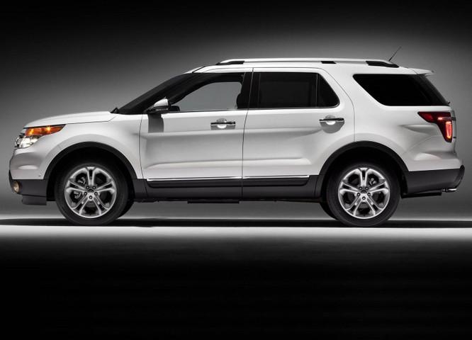 Ford bị yêu cầu triệu hồi 1,35 triệu chiếc SUV Explorer ảnh 1