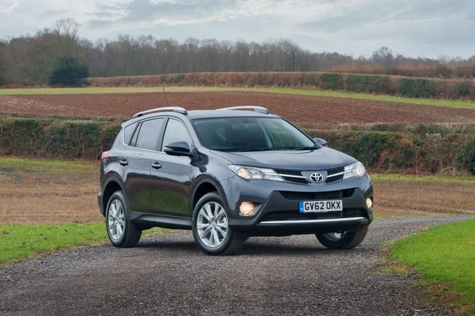 Nếu thuế nhập khẩu tăng, Toyota có thể sẽ ngừng bán một số dòng xe tại thị trường Mỹ ảnh 1