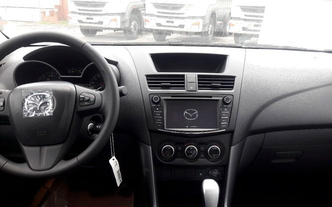 Điểm mặt một số trang bị mới trên Mazda BT-50 2018 sắp bán tại Việt Nam ảnh 1