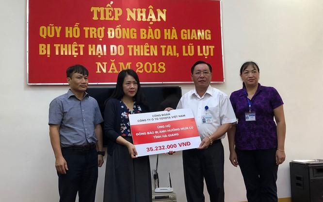 Toyota Việt Nam ủng hộ đồng bào bị lũ lụt tại Lai Châu và Hà Giang ảnh 1