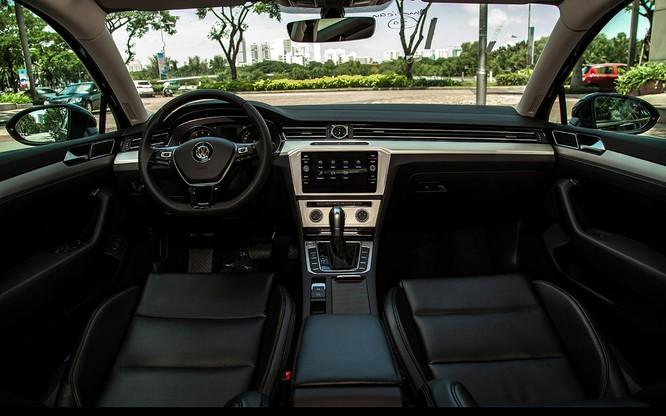 Volkswagen Việt Nam bổ sung thêm phiên bản mới cho dòng Passat 2018 ảnh 2