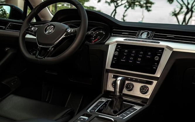 Volkswagen Việt Nam bổ sung thêm phiên bản mới cho dòng Passat 2018 ảnh 11