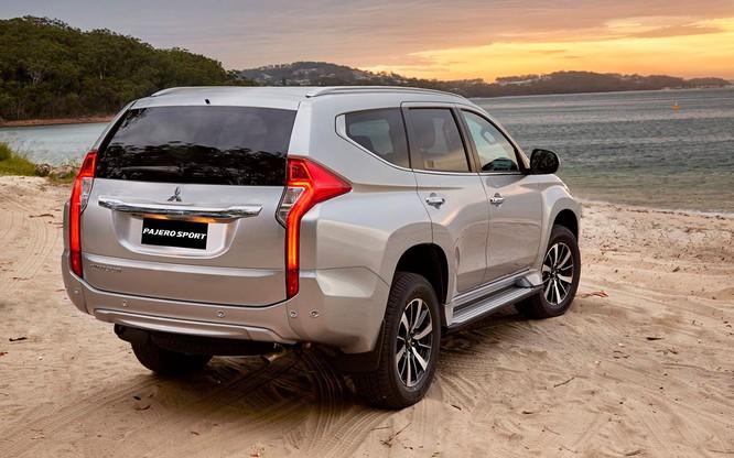 Mitsubishi Pajero Sport thêm lựa chọn với bản máy dầu, rẻ hơn 32 triệu so với Toyota Fortuner ảnh 1