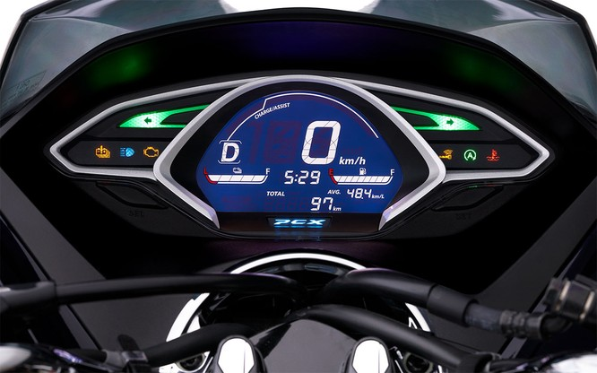 Chỉ tiết kiệm 2% nhiên liệu, cốp bé đi, không ABS, Honda PCX Hybrid có xứng đáng với mức giá 90 triệu ảnh 5