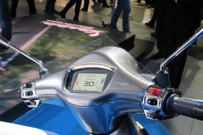 Mẫu xe máy điện Vespa Electtrica chính thức được sản xuất đại trà ảnh 4