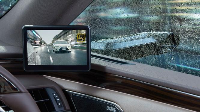 Gương chiếu hậu kỹ thuật số sẽ là trang bị trên Lexus ES 2019 ảnh 3