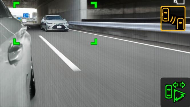 Gương chiếu hậu kỹ thuật số sẽ là trang bị trên Lexus ES 2019 ảnh 6