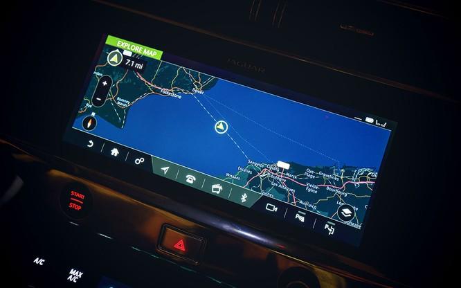 Jaguar I-PACE đang chứng minh xe điện đang ngày càng tốt hơn ảnh 5