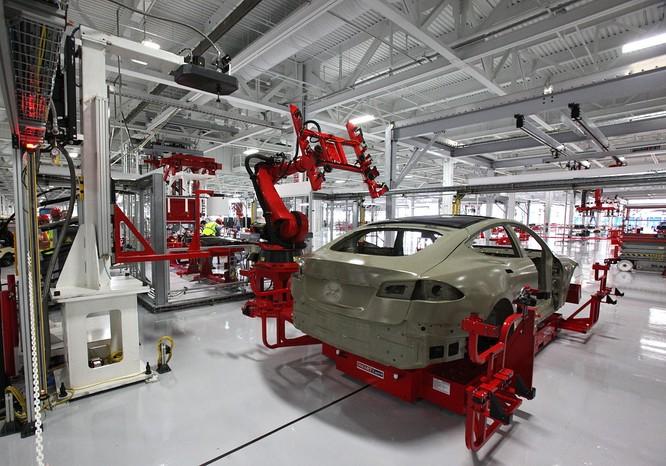 Trong thời đại công nghiệp 4.0, người lao động vẫn rất quan trọng với các nhà sản xuất ô tô ảnh 3