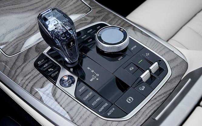 BMW X7 2019 chính thức lộ diện, sang trọng như Rolls-Royce ảnh 20
