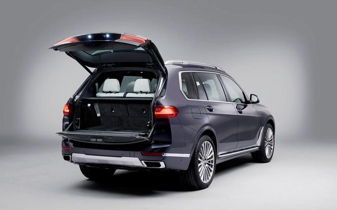 BMW X7 2019 chính thức lộ diện, sang trọng như Rolls-Royce ảnh 29