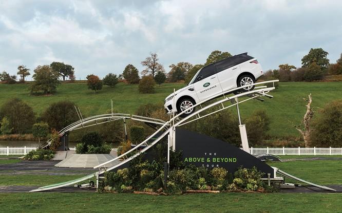 Ngoài trưng bày xe, còn gì đáng để quan tâm tới thương hiệu Land Rover tại VMS 2018 ảnh 2