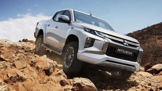 Có gì mới trên mẫu Mitsubishi Triton 2019 vừa ra mắt? ảnh 1