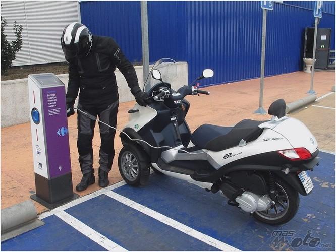 Xe máy điện Vespa Elettrica và những mẫu xe mà Piaggio sắp đưa về Việt Nam ảnh 3