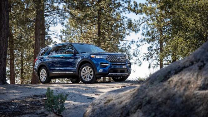 Ford Explorer 2020 chính thức trình làng, nhẹ hơn nhờ nền tảng khung gầm RWD mới ảnh 1