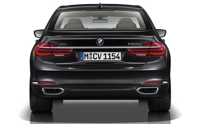 BMW 7-Series 2020 phiên bản nâng cấp bất ngờ lộ diện trước ngày ra mắt ảnh 6