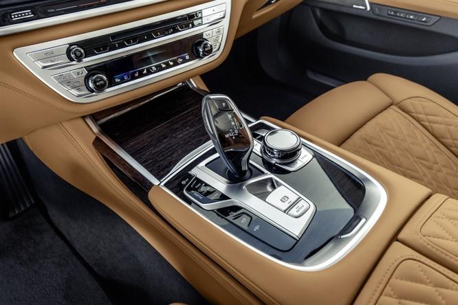 Tất tần tật về BMW 7-Series 2020 vừa được ra mắt ảnh 24