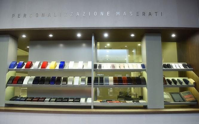 Maserati chọn TTTM Vincom Metropolis làm khu vực trưng bày thứ 3 tại Hà Nội ảnh 3