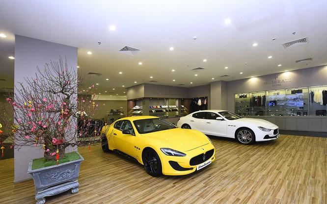 Maserati chọn TTTM Vincom Metropolis làm khu vực trưng bày thứ 3 tại Hà Nội ảnh 2