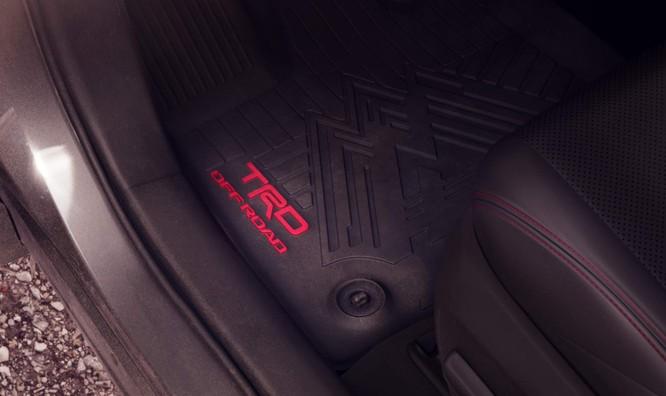 """Toyota RAV4 2020 bỗng """"ngầu hơn"""" nhờ gói độ TRD Offroad ảnh 8"""