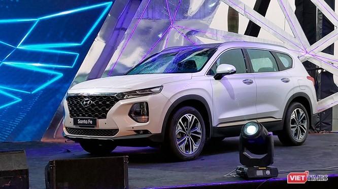 Dù sụt giảm nhẹ, Hyundai Accent vẫn vượt Grand i10 về doanh số tháng 1/2019 ảnh 2