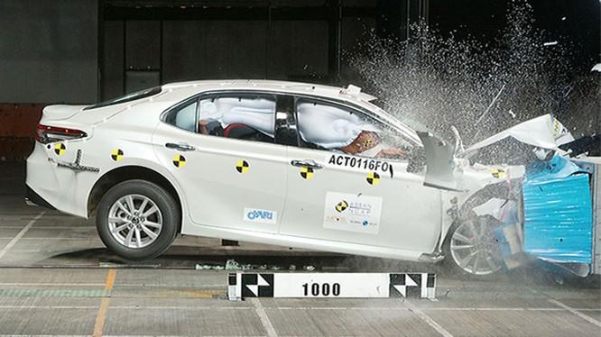 Toyota Camry 2019 giành 5 sao của tổ chức an toàn ASEAN-NCAP ảnh 3