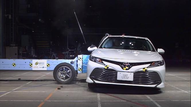 Toyota Camry 2019 giành 5 sao của tổ chức an toàn ASEAN-NCAP ảnh 2