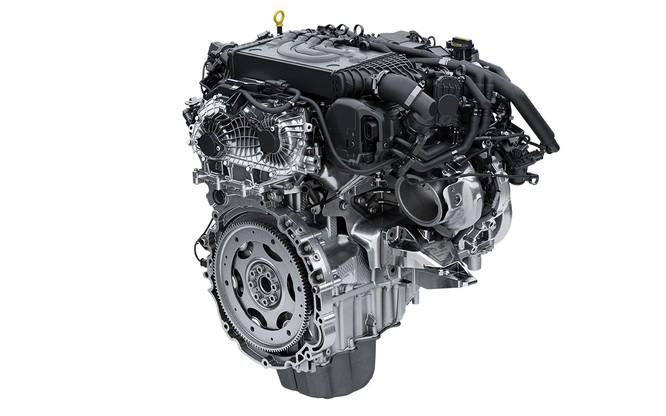 Range Rover Sport HST bổ sung động cơ mới, mạnh mẽ hơn nhưng không bán tại Việt Nam ảnh 1