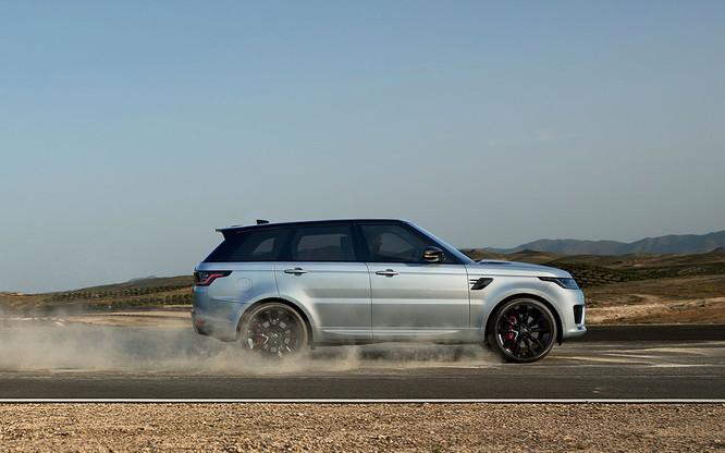 Range Rover Sport HST bổ sung động cơ mới, mạnh mẽ hơn nhưng không bán tại Việt Nam ảnh 10