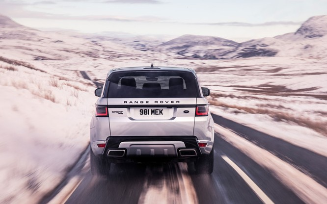 Range Rover Sport HST bổ sung động cơ mới, mạnh mẽ hơn nhưng không bán tại Việt Nam ảnh 11