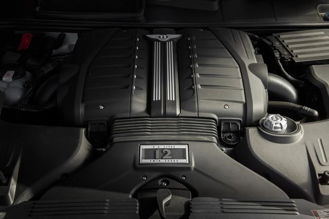 """Chưa thỏa mãn với danh hiệu, Bentley tiếp tục """"bơm"""" thêm sức mạnh cho Bentayga ảnh 16"""