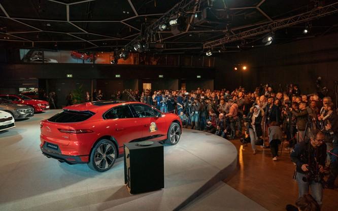 Jaguar I-Pace giành giải thưởng xe của năm tại châu Âu 2019 ảnh 3