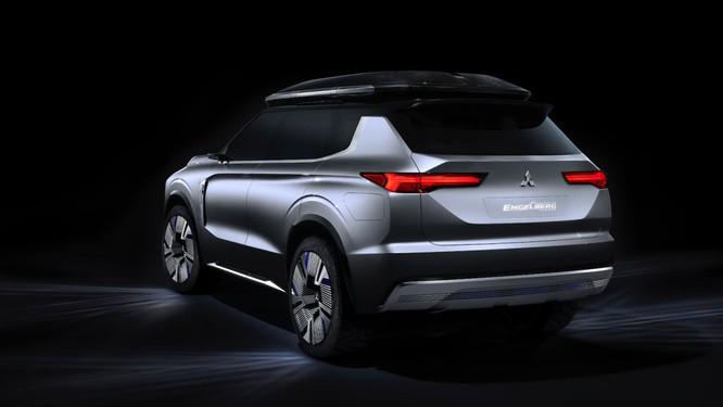 Mitsubishi Engelberg Tourer concept: Chiếc PHEV có khả năng Offroad ảnh 2
