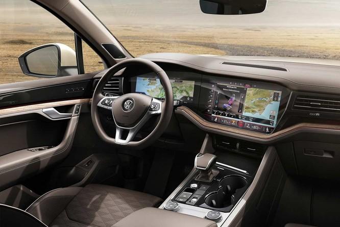 Volkswagen Touareg 2019 được bổ sung thêm động cơ xăng V6 mới ảnh 1