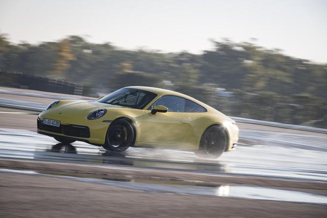 Porsche 911 thế hệ mới giờ đây trở nên an toàn hơn nhờ công nghệ này ảnh 2