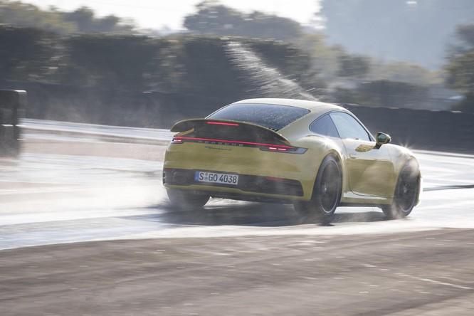Porsche 911 thế hệ mới giờ đây trở nên an toàn hơn nhờ công nghệ này ảnh 3