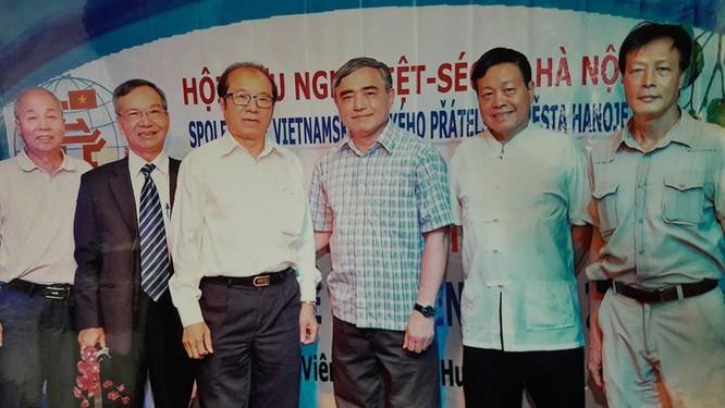 TS Nguyễn Chí Công: Việt Nam nên đi vào nhu cầu về vi điều khiển cho các ngành công nghiệp ảnh 1